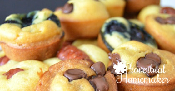 Pancake poppers are like mini muffins that are pancakes with fun toppings!