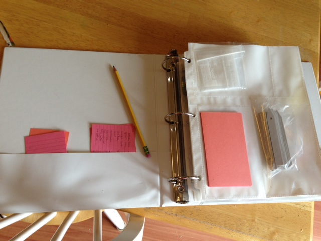 Simple Seed Storage Binder www.proverbialhomemaler.com Learn to create your own seed storage binder!