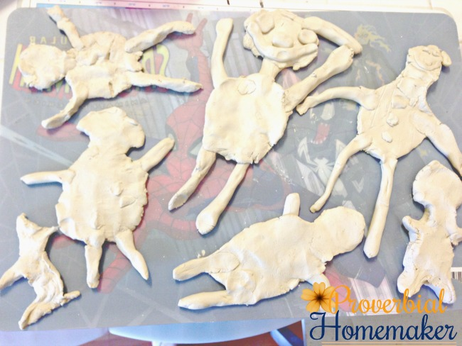 A simple activity for kids! They can create a self-portrait using clay and paint it if they want. A great way to teach kids God made them special!