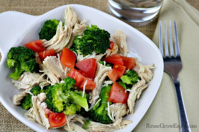Chicken-With-Broccoli-And-Tomatoes-768x512