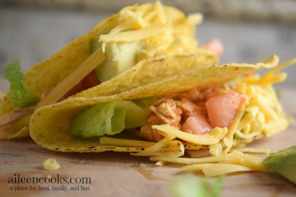 instant-pot-salsa-chicken-tacos-3