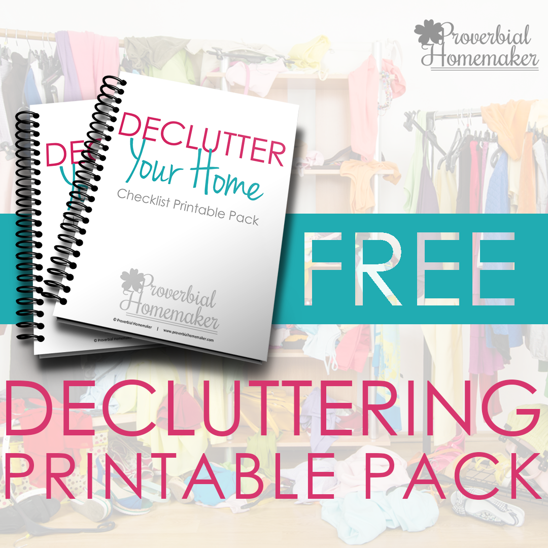 Get your house in order! Check out these tips for decluttering your home plus a FREE printable pack of checklists!
