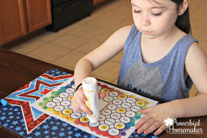 Start teaching sight words in kindergarten with The Crafty Classroom curriculum Sight Word of the Week - dot worksheet