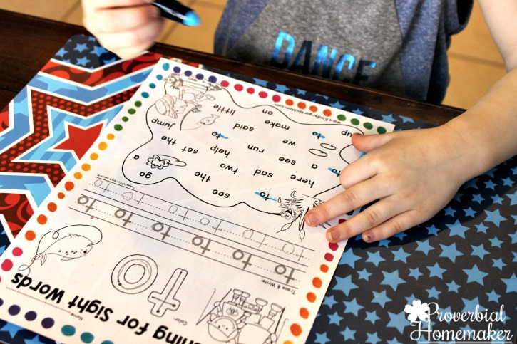 Start teaching sight words in kindergarten with The Crafty Classroom curriculum Sight Word of the Week - sight word tracing