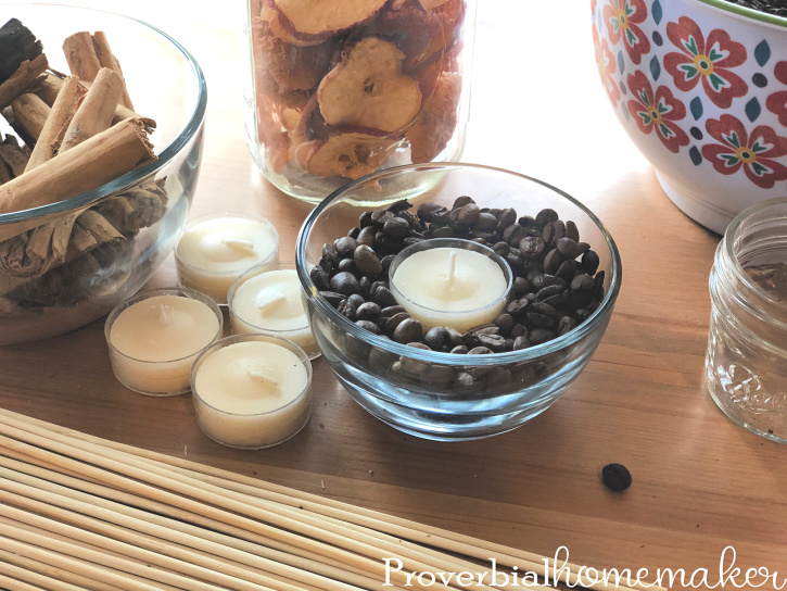 Looking for a cute and simple way to scent your home? Try these DIY Essential Oil Diffusers Using Coffee! They're versatile, really easy to make, and can be done in 15 minutes!